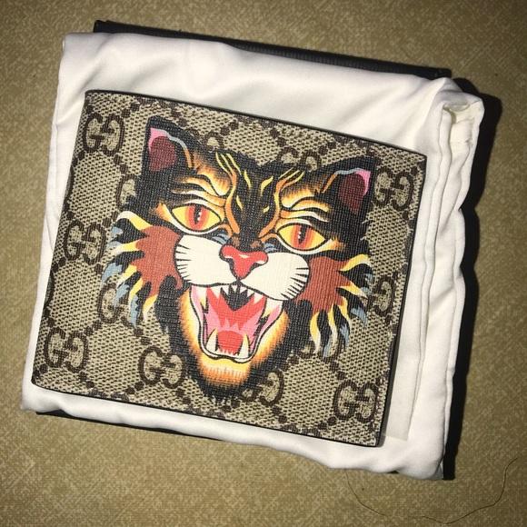 3704fd9cb9e5bb Gucci Accessories | Beige Angry Cat Gg Supreme Wallet | Poshmark